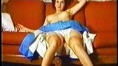 Nancy VLC0480 Vintage tease