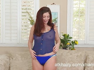 Alicia minshew nude - Alicia silver plays with her pubes and shows off