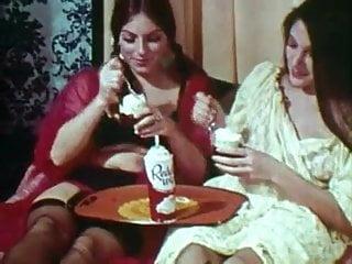 Vintage 18k gold watch - Vintage gold special edition girls only 2 scene 8