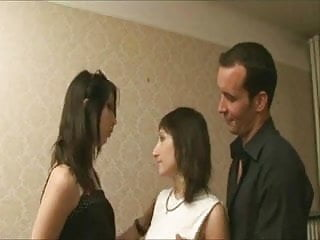 L upskirts - Derives sexuelles dans l immobilier... complete french movie f70