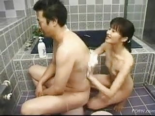 Dad and daughters friend sex vids Dad washing his daughters friend in the bathroom...f70