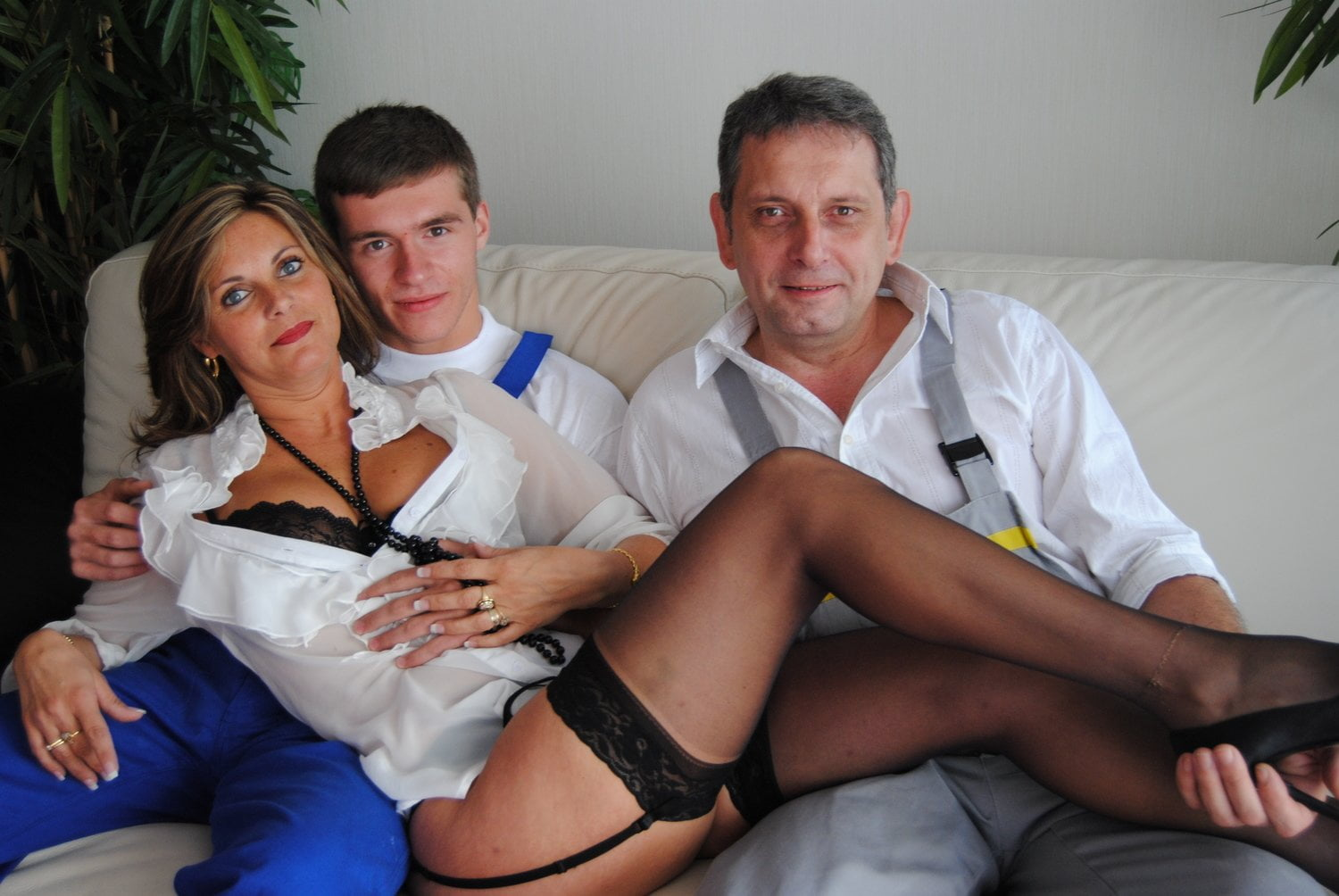 French Mature Anal Fist