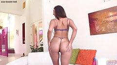 Magic Wand Masturbation #51 - Bella Rolland - Oiled Up Orgas