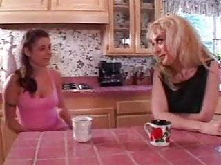 Pictures of lesbian women - Lesbian women.