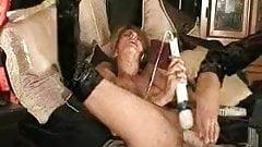 Chick's machine orgasm KU