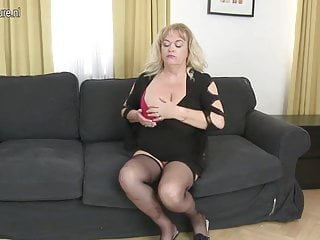 Sex bomb shakilla Big mature sex bomb mom gets a good hard fuck