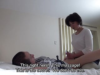 Japanese Hotel Massage Mature Masseuse Gives Handjob XhTWYVw