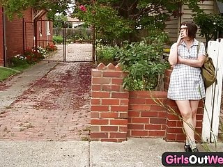 Girls n sex Girls out west - hairy lesbian students squirting n strapon