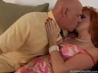 What is a mature red blood cell - Sexy mature red head sasha is a squirter