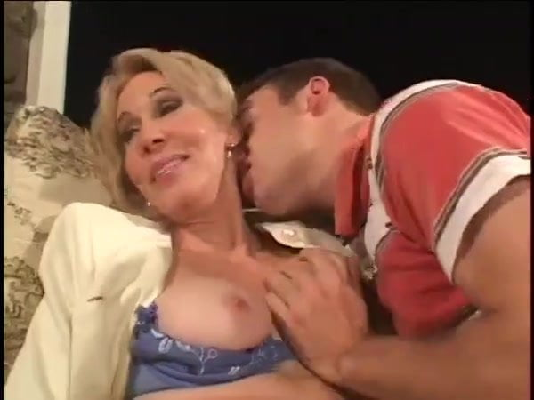 Sex Mother Friends Son