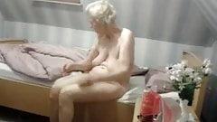Beautiful Oma - anna 74 saggy granny oma Undress