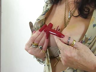 Freckled milf long nails Dirty granny with very long nails and hungry cunt
