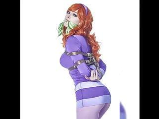 Velma cartoon sex video Daphne vs velma: cosplay jerk off challenge