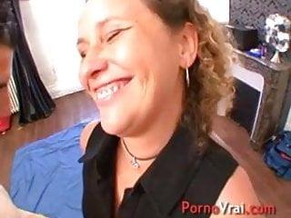 Nudists familes Une mere de famille tres excitee baise avec un inconnu