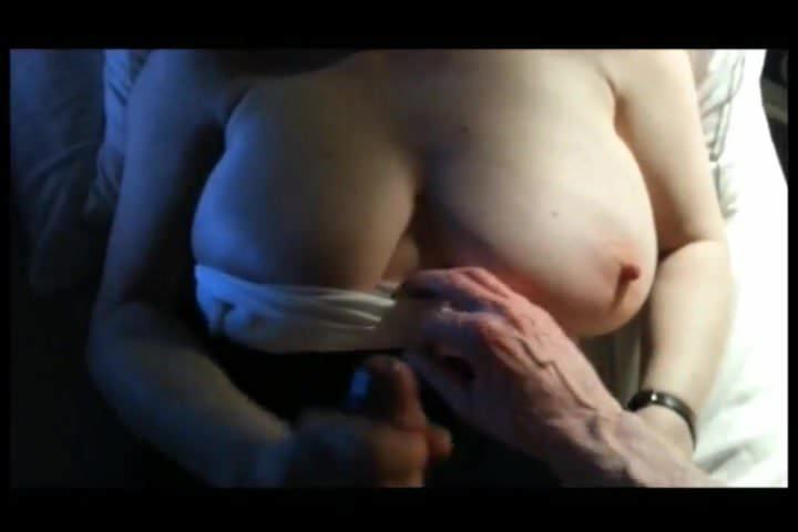 Amateur Solo Webcam Big Tits