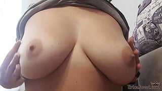 Cute Babe Fingering Pussy and Real Orgasm after Waking Up