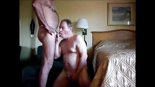 Bi Guy Sucking the Spem out of my Balls.
