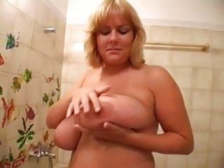 Big boob natural russian Mom with huge natural boobs takes a shower