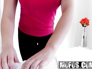 Angel williams sex - Mofos - girls gone pink - blair williams scarlett sage - toe