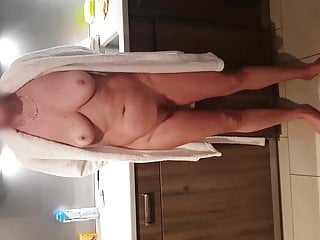 Wife pissed the bed Hairy mature showing off and pissing on the bed