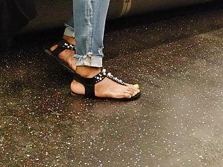 Fucking ebony foot - Candid ebony foot
