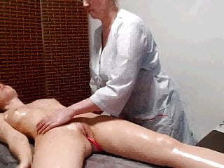 Clothed girls massaging stripper - Girl in massage oepn clothes of massager