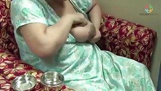 indian boobs milk
