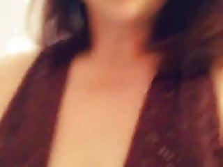 Lesbian titty suck Leia again - sucking nipples