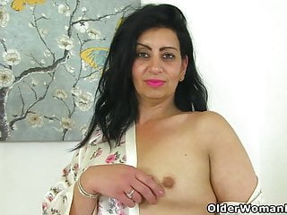 Mature shaven women Uk milf candylips pleases her shaven cunt with a sex toy