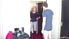 German Step-Mom Seduce Young Boy to Fuck for Privat Sex-Tape
