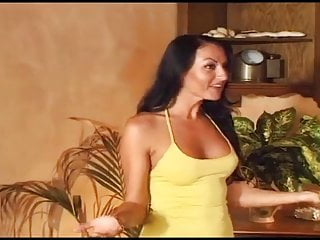 Video porno gratis laura angel Laura angel the best