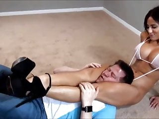 Hot gay black muscle Hot muscle girl with big tits destroys guy