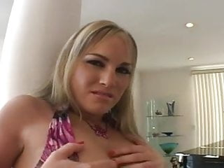 Hot tranny sucking dick Hot pawg sucking dick