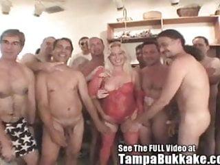 Bay bukkake tampa - Darians all american tampa bukkake orgy