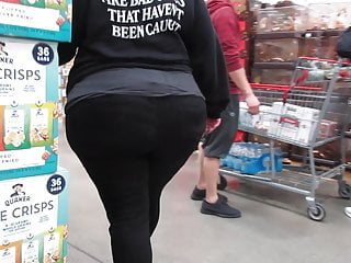 Thick wide ass and hips Blond pawg with wide meaty ass and wide hips