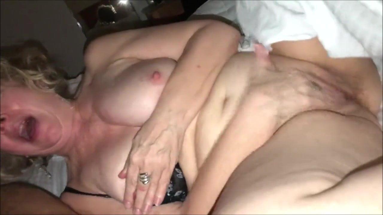 Mature Sucking Black Cock