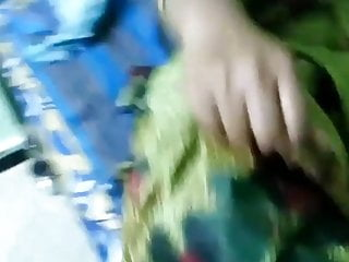 Pacha teen night Tamil shy wifes karutha punda exposed by hubby- pacha saree