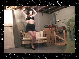 Leviton strip cage nema 5-15 15a-125v La vore girl news 5-15-14 - roxy