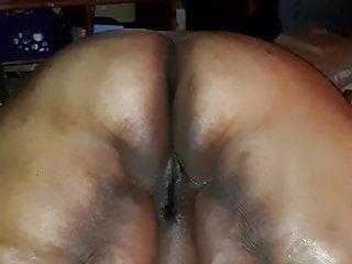Black fat ass shaking Black ssbbw milf shaking fat ass pt2