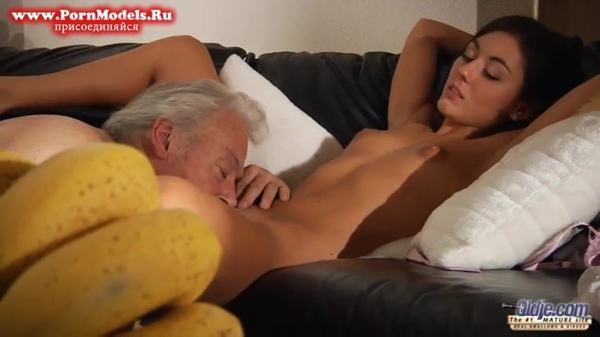 Old Man Fuck Iwia: Free Kissing Porn Video 3c - xHamster