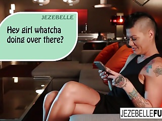 Jezebelle bond porn - Super sexy jezebelle bond plays with her wet pussy