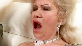 Granny Multi Squirter