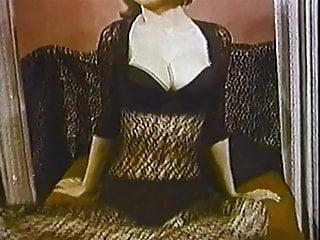 Vintage look wall heater The look of love - vintage striptease big boobs lingerie