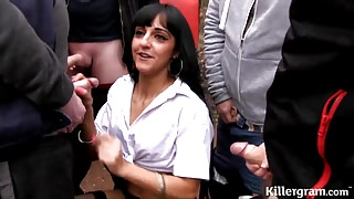 Cum slut Desi babe goes dogging