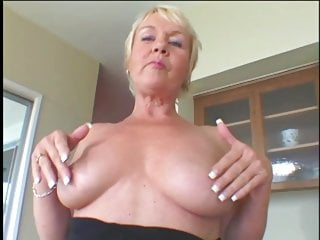 Free mature sex contacts 19.to get the full 19 min.video-contact me grandma mature