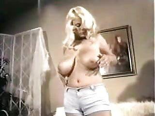Darlenes adult - Darlen e her massive sweet boobs