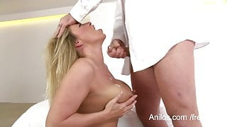 Mature wife gets her big boobs jizzed