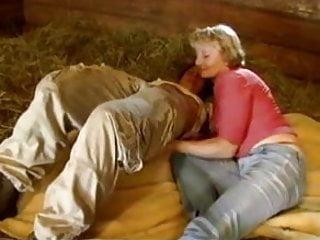 Barn girl porn - Blonde granny milf anal stuff in a wood barn