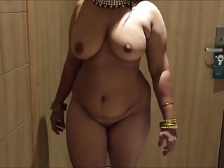 Foxy brown boob - Busty indian brown curvy with big boobs milf