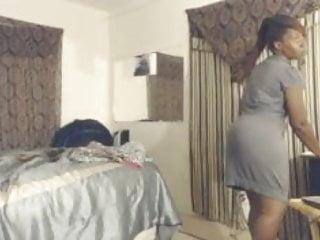 Ebony sexy busty Ebony sexy dance tease 2